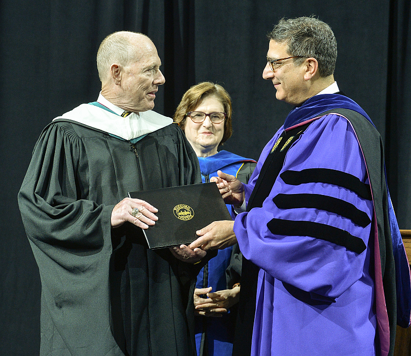 Wofford College conferred an honorary Doctor of Humanities degree upon Mike LeFever, SCICU President and CEO,  during its 2018 Commencement Exercises on May 20.  LeFever has championed independent higher education advocacy efforts in South Carolina and nationally for more than ten years.
